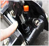 How to Refill Hydraulic Oil